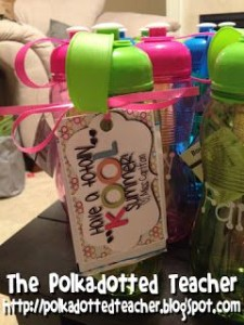 Every teacher needs to see these 7 amazing end of the year gift ideas for students.