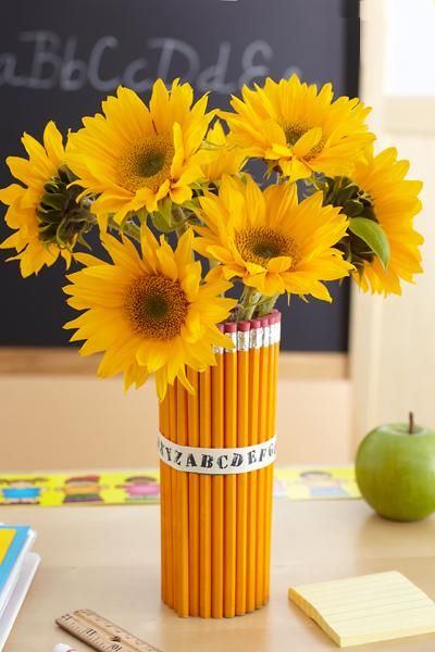 6 of the most stylish classroom decoration ideas that are affordable, DIY without requiring too much skill, and a stylish twist to any classroom.